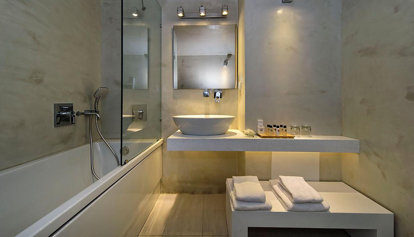 Cavo_bianco_pool_suite3